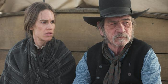 still-of-tommy-lee-jones-and-hilary-swank-in-the-homesman-(2014)-large-picture