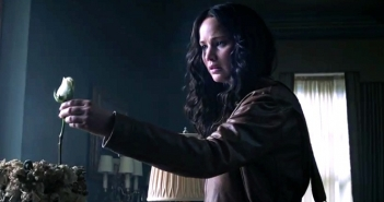 mockingjay-trailer-katniss-rose